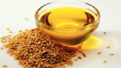Какие эфирные масла подходят для лечения аденомы простаты и простатита: рецепты для массажа, прием внутрь